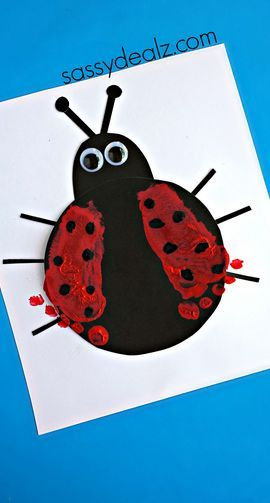 Footprint Ladybug Craft for Kids - Could make this for a spring or summer art project! Cute! | CraftyMorning.com