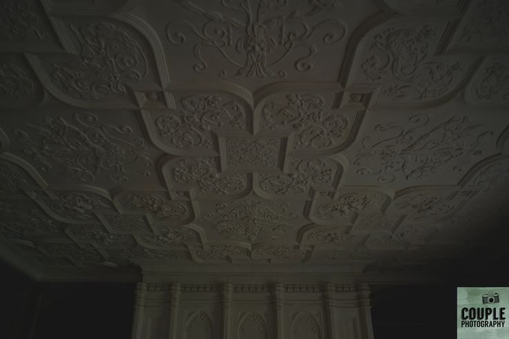 The amazing ceiling at Cliff At Lyons. Weddings at Cliff At Lyons by Couple Photography.