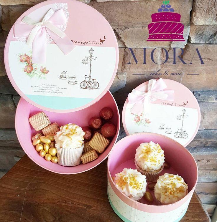 Sevgililer günü gelirken tatlı kutuları hazırlansın❣ Çikolatalar, cupcakeler, drajeler❣ #mora #moracakes #14subat #sevgililergünü #happyvalentinesday #valentines #butikpasta #butikpastane #cupcakes...