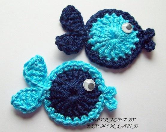 crochet fish and lots more crocheted nature items, teeny tiny perfect fish shapes!