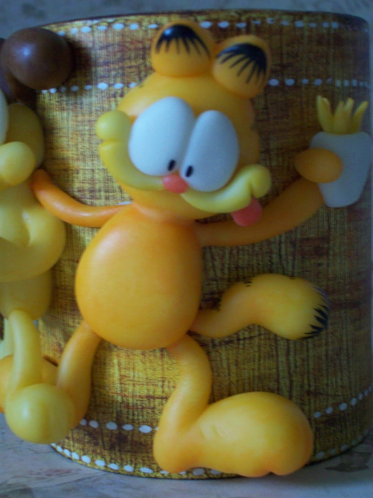 Garfield and Odie decorated cup