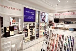 "With its new strategy ""Push up your Beauty"", Etam, the famous lingerie brand has launched a whole new segment with over 600 references in cosmetics entirely thought-out, marketed and produced by the brand."