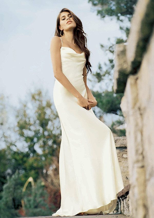 I Want To Tell You About The Informal Beach Wedding Dresses Photo