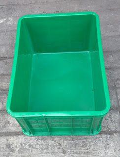 Selatan Jaya distributor barang plastik Surabaya: Keranjang industri krat plastik buntu kode C033 me...