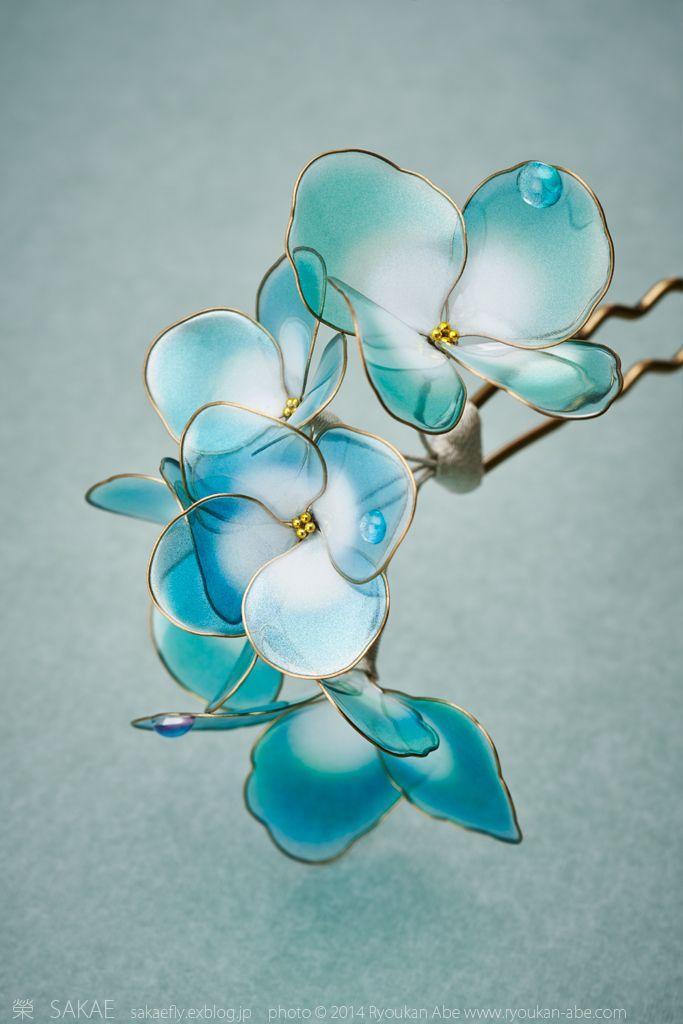 Japanese hair accessory - Hydrangea Kanzashi - by Sakae, Japan