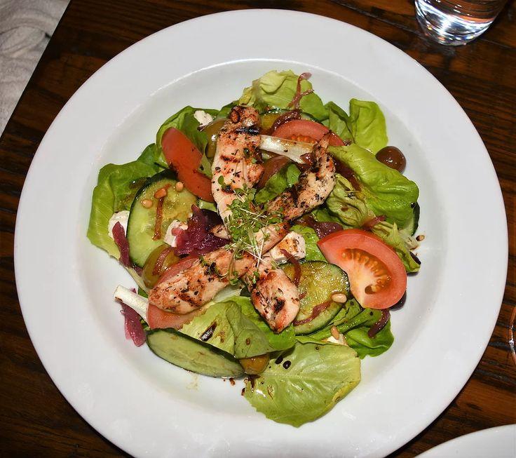 Baretta Restaurant in Christchurch has beautiful decor and delicious food. Italian and Meditteranean flavours.    https://www.life-downunder.com/single-post/2017/04/23/Baretta