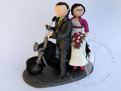 Motorrad Brautpaar von www.tortenfiguren.at - Bike Weddingcaketopper