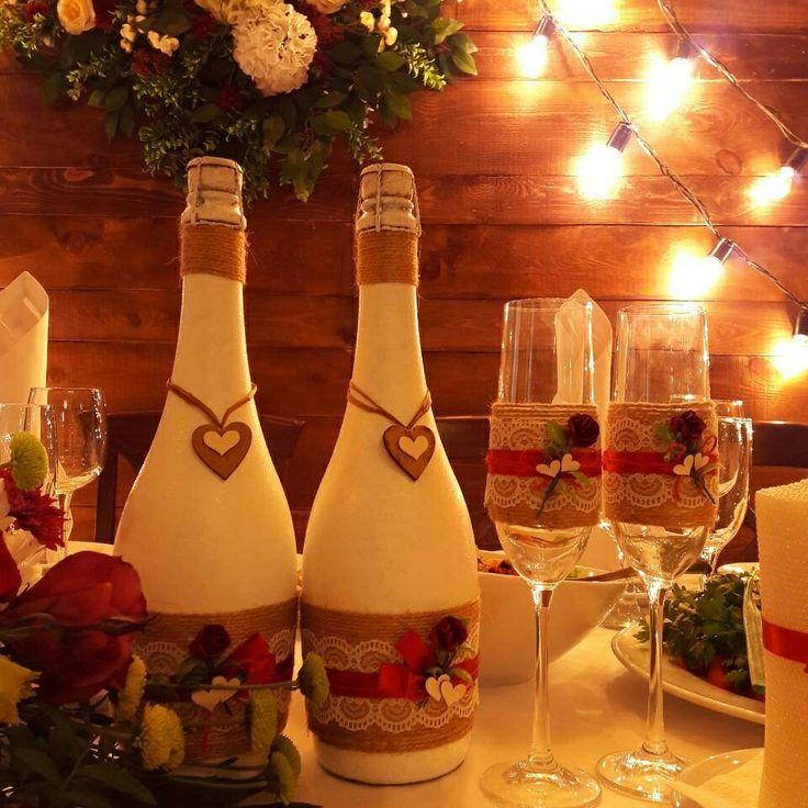 Свадебное шампанское и бокалы