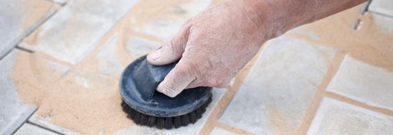 Laying paving Follow these simple step-by-step instructions to lay a paved area in your garden using Cement Australia Gap Sand & Concrete Mix.