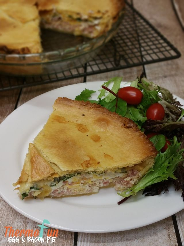 When you need to make something quick that everyone will be happy to have for dinner then this thermomix egg and bacon pie is what you make! Just be warned