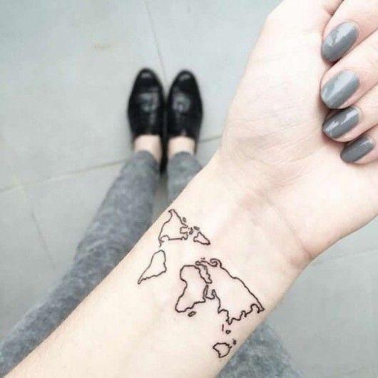 Wereldkaart op de pols  - 16 x wanderlust tattoos - Nieuws - Lifestyle