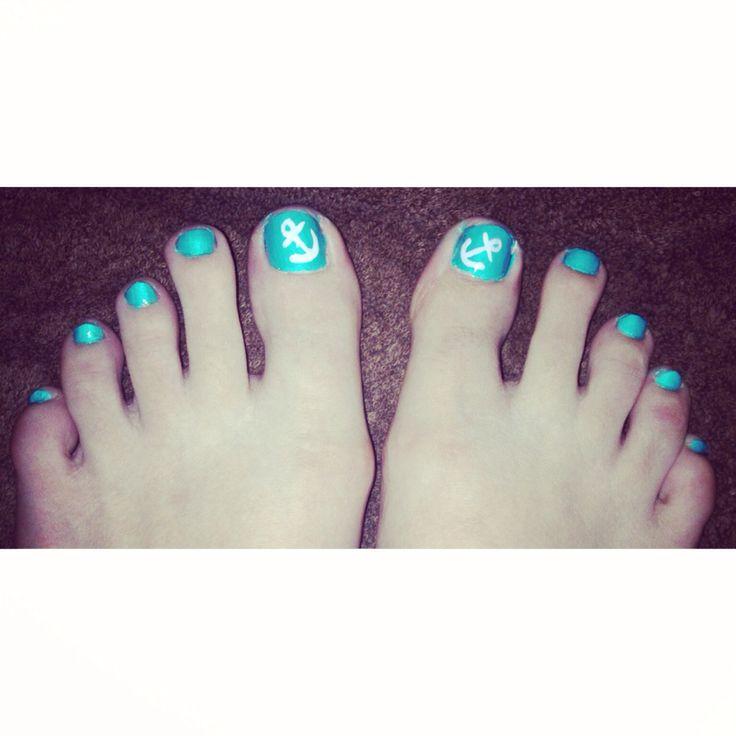 Summer toe nail design #anchors