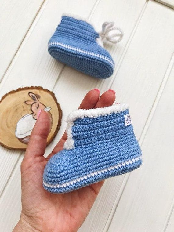 1d90febaa Three month old baby booties for boy Blue crochet baby uggs ...