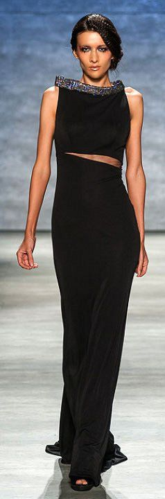 Katya Tolstova walks the runway for Venexiana Spring 2015