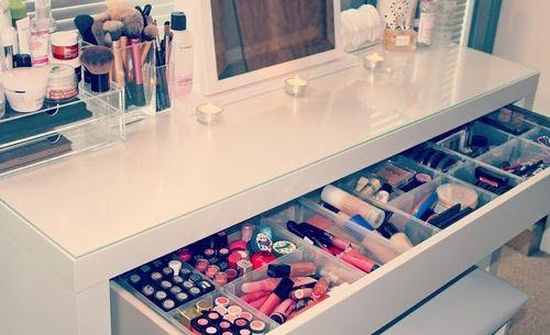 i need to organize my vanity
