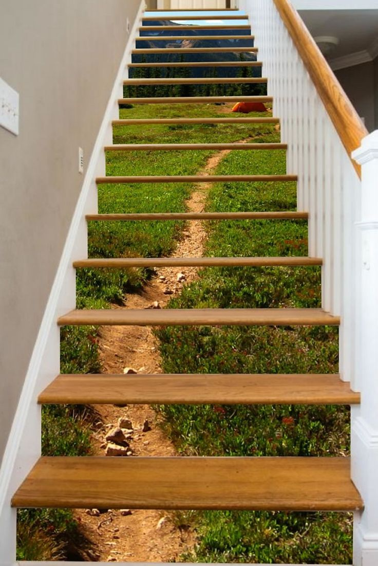 Stairway Art Decorates Your Staircases With Beautiful