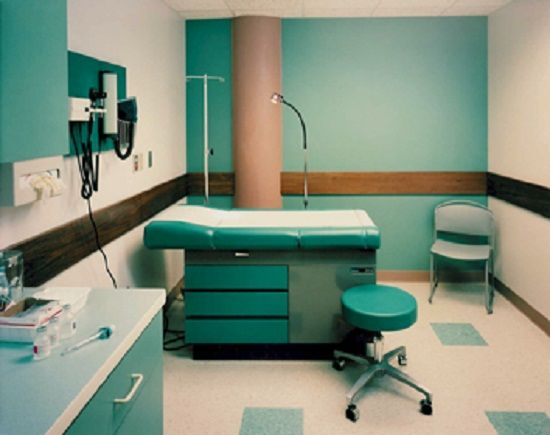 Small luxury clinic interior design 1 ideas for the for Clinic interior design