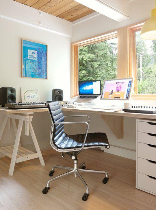 les 104 meilleures images du tableau espaces de travail sur pinterest bureaux id es pour la. Black Bedroom Furniture Sets. Home Design Ideas