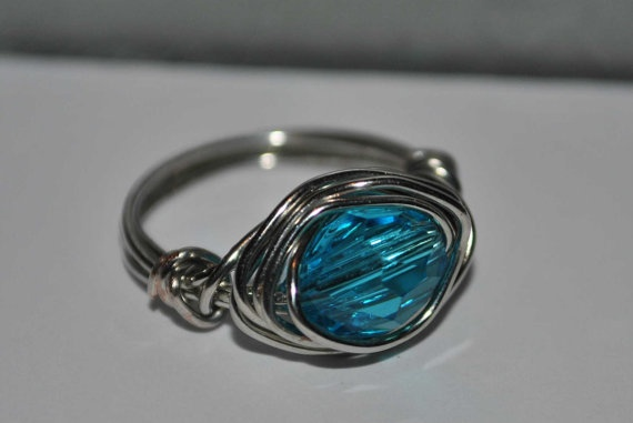 Aqua Crystal Wire Wrapped Ring    $5.00 at www.astoriavintage.etsy.com