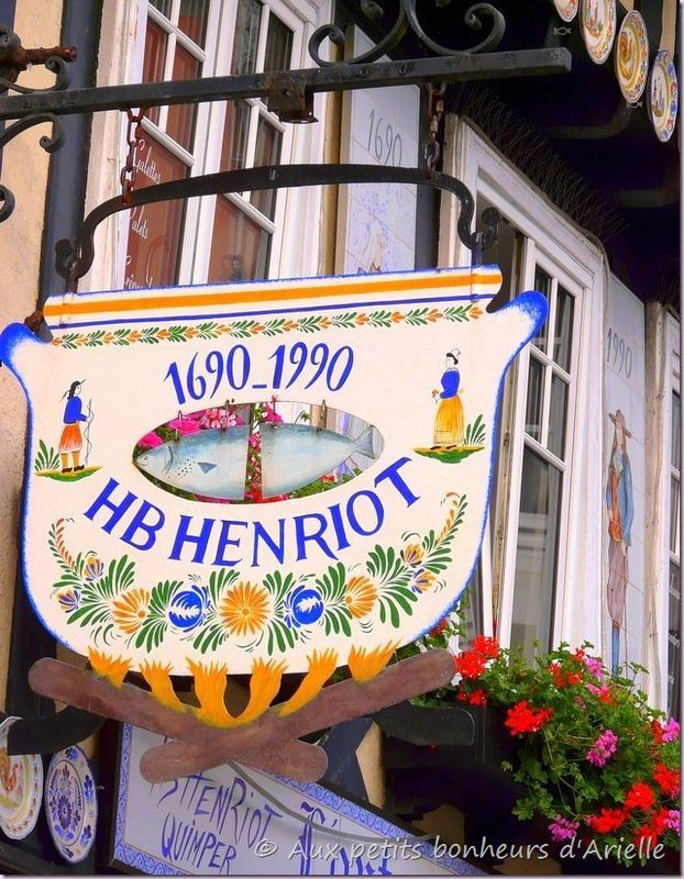*Enseigne, Porcelaine HB Henriot*