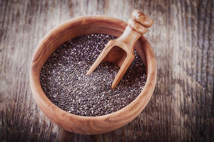 El omega 3 de la chía ayuda a reducir los triglicéridos y el LDL, es decir el colesterol malo al tiempo que aumenta los niveles de colesterol bueno - Salud