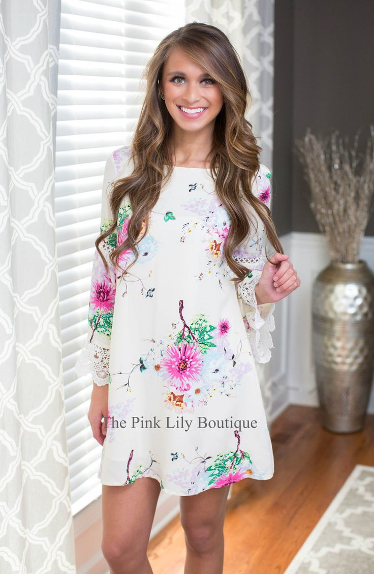Buying cute dresses online doesn't have to be a hassle. Shop our collection of trendy, boutique dresses. We carry a variety of bold prints and fun styles. Best prices. Free Shipping.