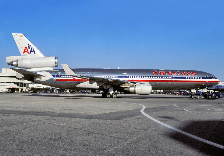 American Airlines McDonnell-Douglas MD-11