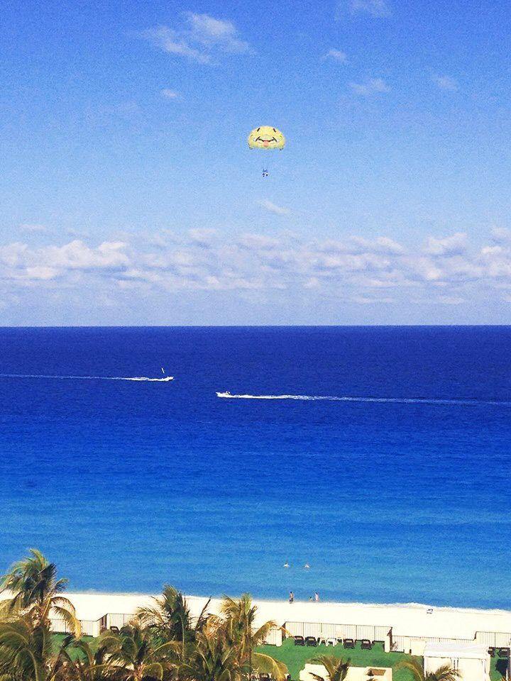 Be happy. Most beautiful beach. Caribbean sea. Cancun, Mexico