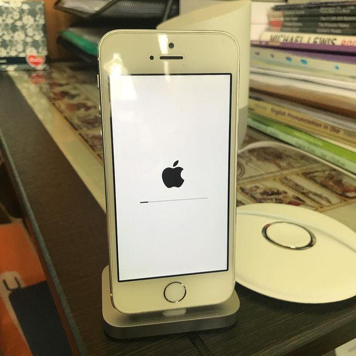 Ну поехали! iOS 11 грузится если будет хорошо - может и на iPhone 7 загружу а если очень хорошо - iPad тоже посмотрит на бету! #apple #wwdc #ios11 #ios #iphone #update