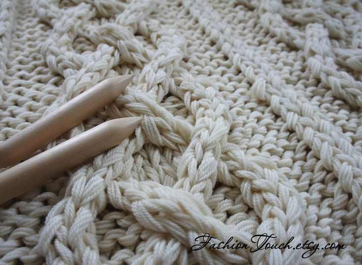 Knitting Patterns For Bed Throws : 1000+ ideas about Cable Knit Blankets on Pinterest Cable Knit Throw, Cable ...