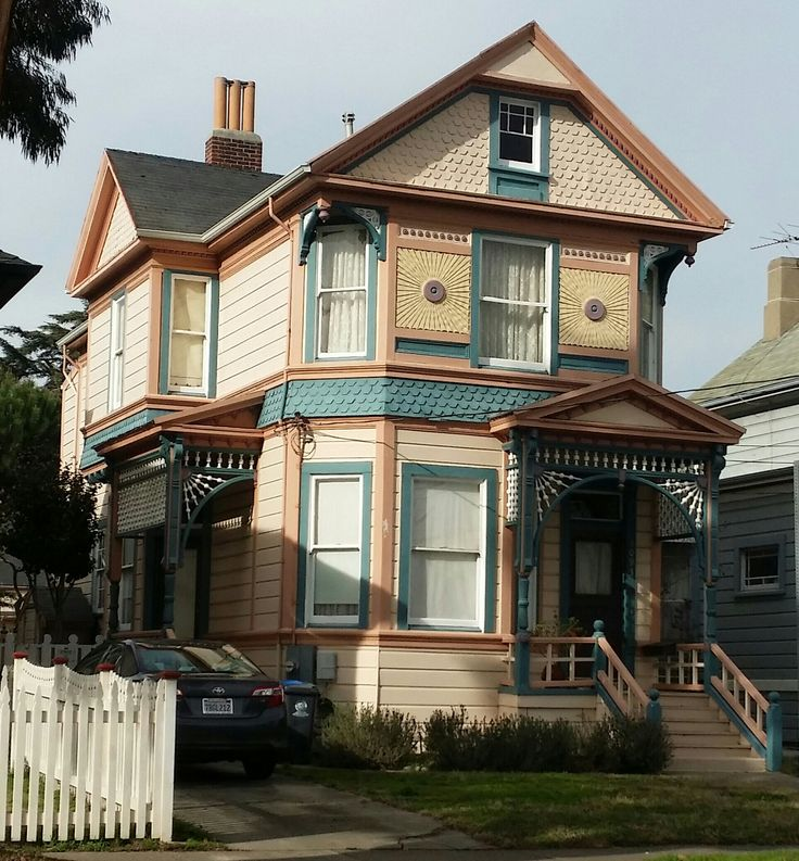 1000 Images About Eastlake Victorian Houses On Pinterest