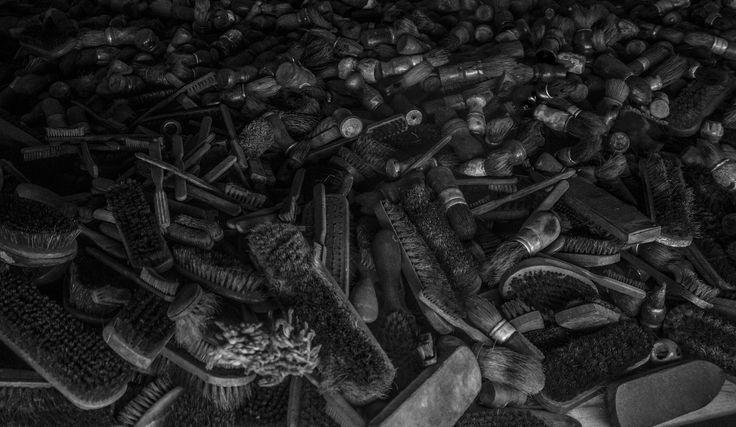 Auschwitz I. Block 5. Brushes | 2015-09-27-AUSCHWITZ (B&W) (55) | by carlosnubenegra
