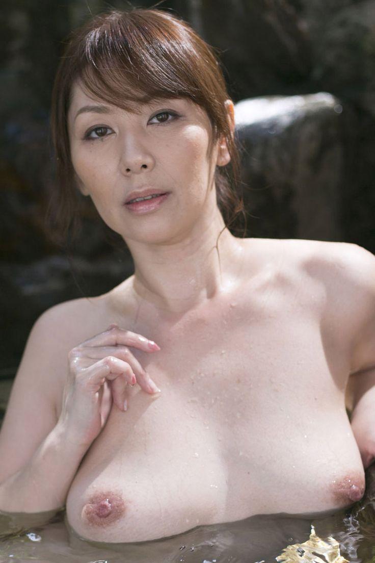 翔田千里 熟女AV女優の翔田千里のセックスが激しすぎるwwww 25枚