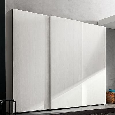 Beautiful white 'Verlaine' wardrobe. White piece, My Italian Living. Great piece.