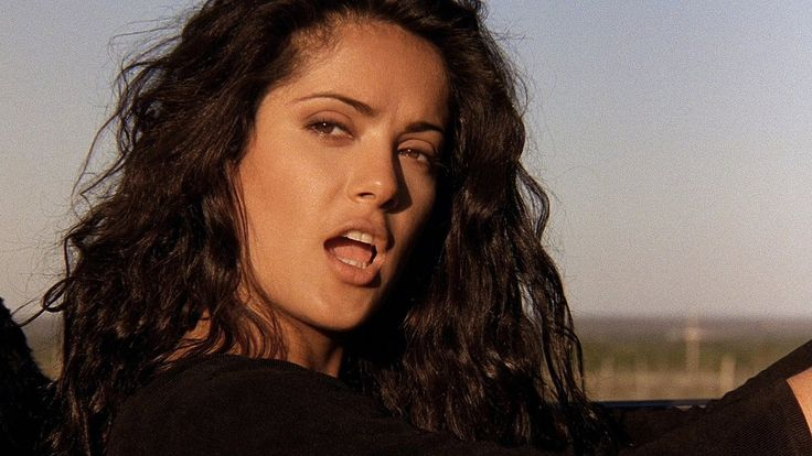 Desperado - Carolina (Salma Hayek)