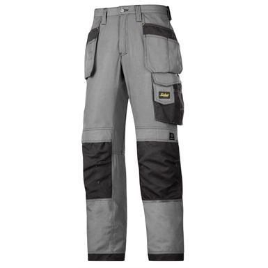 These Snickers 3213 Craftsmen Holster Pocket Trousers, Rip-Stop are quality work pants made of super-light yet durable rip-stop fabric, with Cordura reinforced knee protection and a range of pockets.