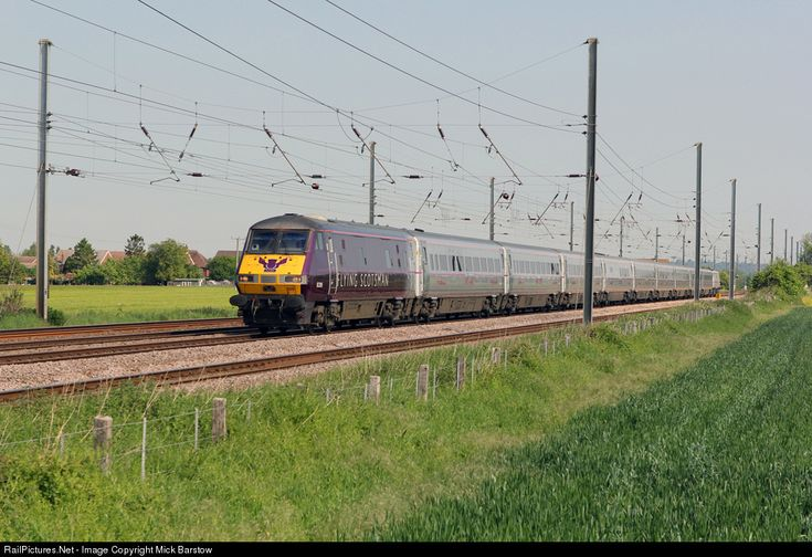 In a special Flying Scotsman commemorative livery, Class 82 DVT 82205 leads train 1Y16, 07:22 Newcastle to Kings Cross at langford on 17/5/2014.