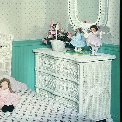 Classic 3 Drawer Dresser Color: White - http://delanico.com/dressers/classic-3-drawer-dresser-color-white-641757679/