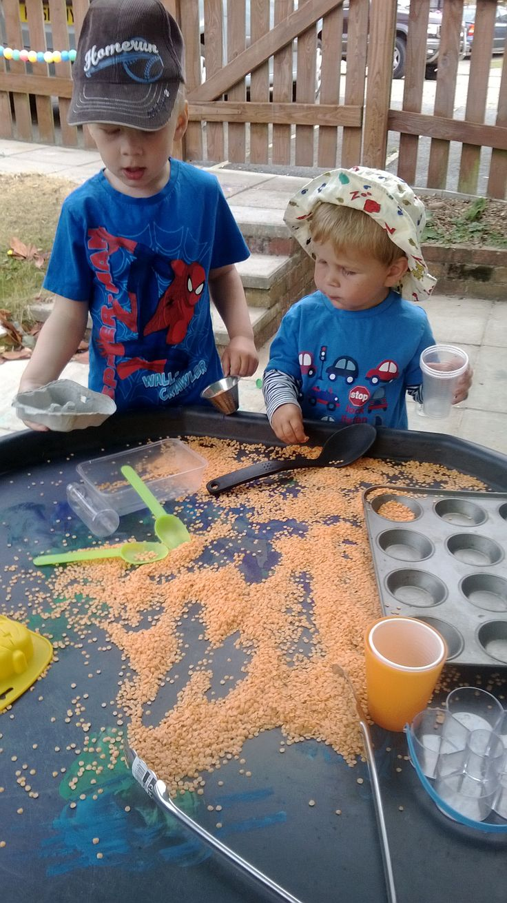 Cheap and fantastic sensory play. All time favourite resource. Bag of lentils poured onto tuff spot. Plenty of utensils to scoop, pour and transfer. Keeps them entertained for ages. Great free play/ fine motor skill play.