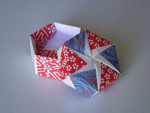 Origami Maniacs: Tomoko Fuse´s Origami Hexagonal Box by Tomoko Fuse