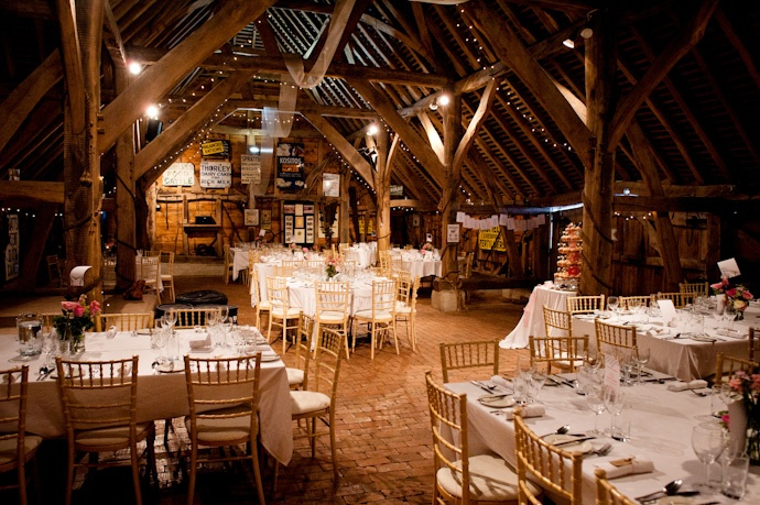 A Cripps Barn Wedding For Christina Luke