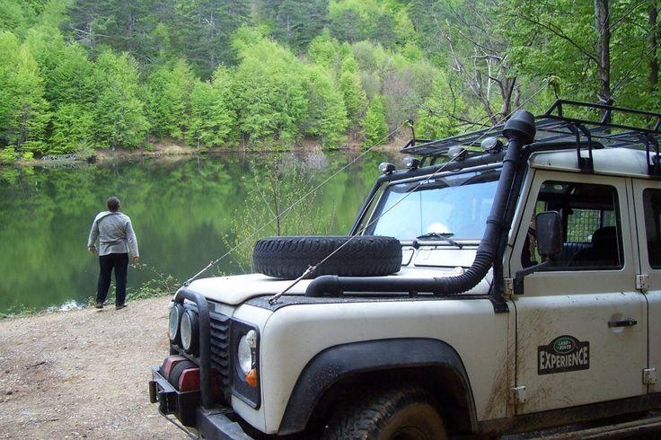 Defender 110 Gemlik Dipsiz Göl  kampı