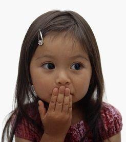 Hoe ga je om met kinderen die elkaar duwen, schoppen, slaan, knijpen, bijten of uitschelden als ze boos zijn? peuteractiviteitenweb.nl