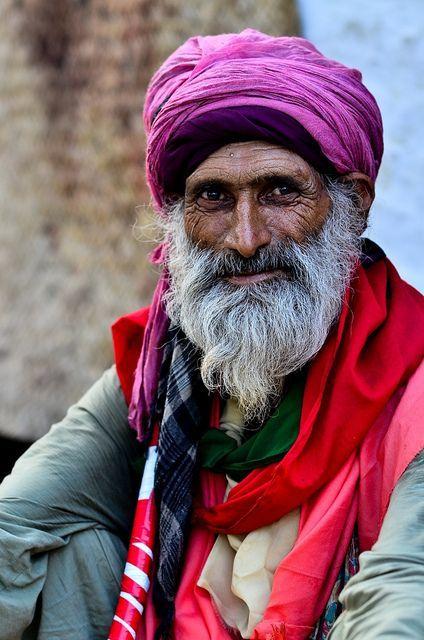 Old man from Pakistan by ShaukatNiazi