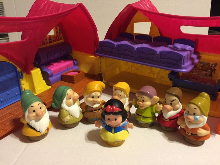 Fisher Price Little People Snow White Musical Cottage & 7 Dwarfs Complete Set #FisherPrice