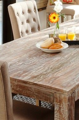 Hyannis Dining Table