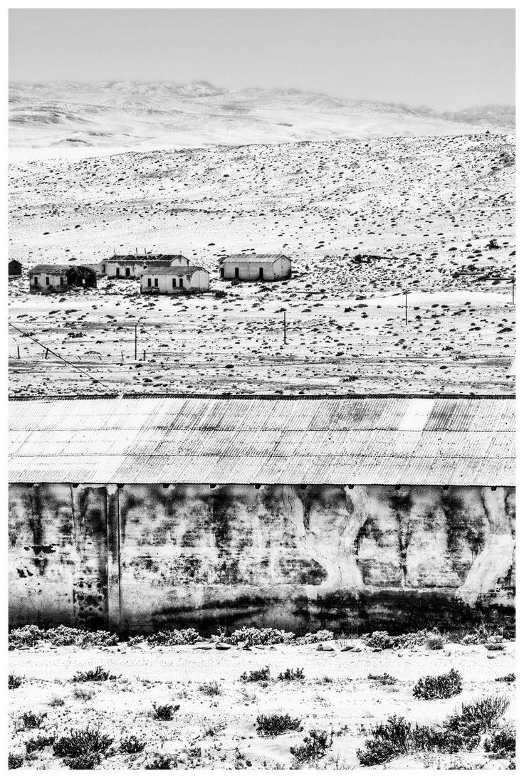 04 Ghost Town | Kolmanskop, Namibia, 2011 | Danie Bester http://buff.ly/1VEtkGf