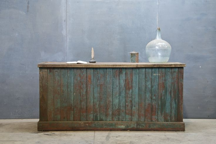 Love this distressed counter!