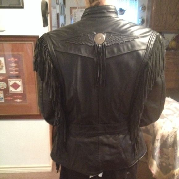 Mint condition vintage Harley Davidson jacket Mint condition! Women's jacket. Black. Leather fringe. Authentic. For colder weather. Insulated and durable. harley davidson Jackets & Coats