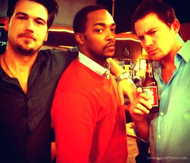 Nick Zano, Anthony Mackie, and Channing Tatum on the set of 'Ten Year'.